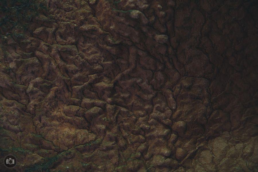 Текстуры на стенах ущелья
